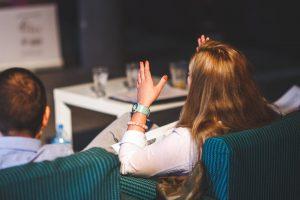 gesta v neverbálnej komunikácií